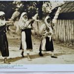 Femei torcand, Runcu, Gorj, 1930