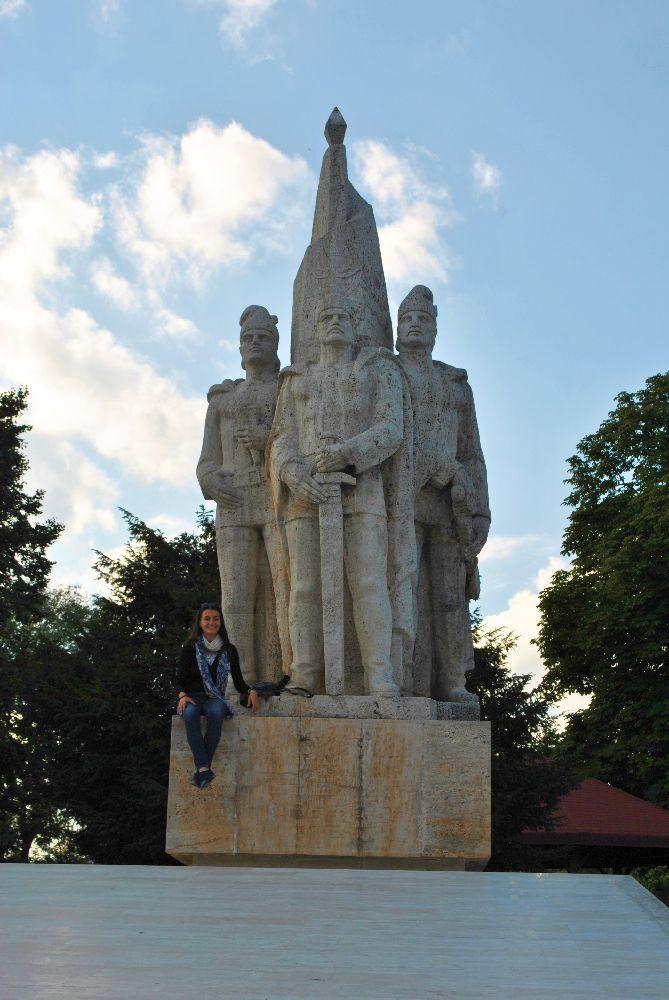 Monumentul Fratii Buzesti