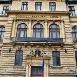 Liceul Carol I, Craiova - intrarea în Opera Română