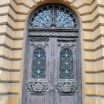Liceul Carol I, Craiova - ușă
