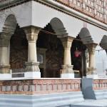 Biserica Sf Apostoli, Craiova - pridvor