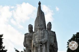 Monumentul Frații Buzești, Craiova - Preda, Stroe și Radu