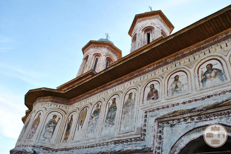 Biserica din Targ, Horezu - pictura exterioara