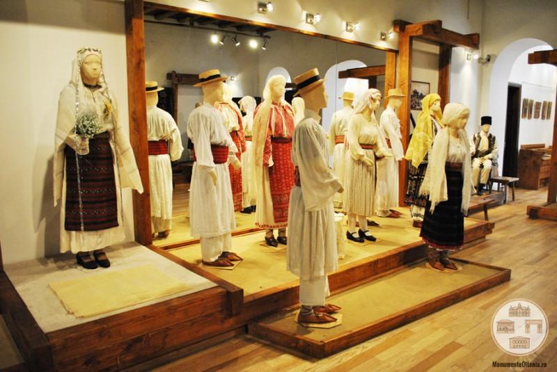 Casa Baniei, Craiova - expozitie etnografica
