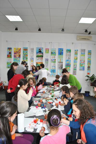 Centrul Creatiei Populare Dolj - ateliere de lucru cu copii