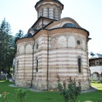 Manastirea Cozia - Biserica Sf Treime - absida estica