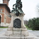 Monumentul Barbu Stirbei, Craiova - vedere laterala (dreapta)
