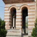 Biserica Sf Arhangheli Mihail si Gavriil, Craiova - vedere laterala pridvor