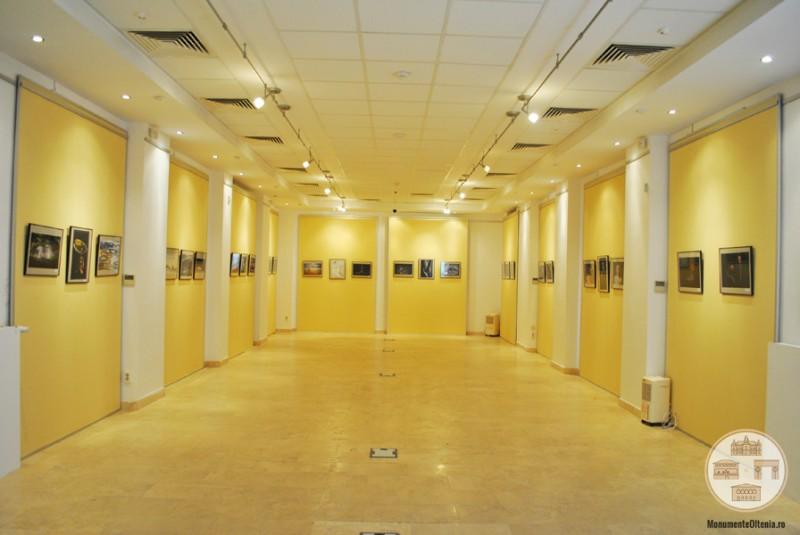 Sediul Muzeului Olteniei, Sectia de Istorie-Arheologie - sala de expozitii Stefan Ciuceanu din corpul nou