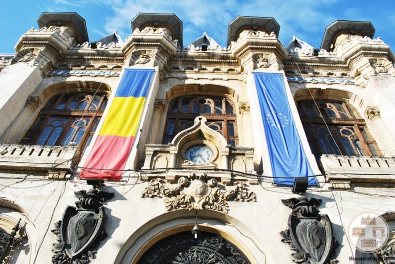 Banca Comertului - Primaria Municipiului Craiova - fatada principala