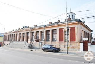 Scoala Obedeanu din Craiova - corpul de cladire cu intrare din str Brestei