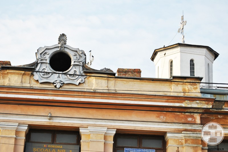 Scoala Obedeanu din Craiova - detaliu arhitectonic