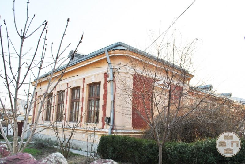 Scoala Obedeanu din Craiova - vedere laterala
