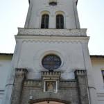 Intrarea in Manastirea Tismana - turn de intrare pe latura de vest a incintei