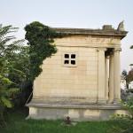 Monumentul funerar al lui N Mihail, Cimitirul Ungureni, Craiova - vedere laterala