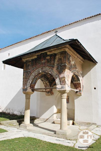 Manastirea Hurezi - cismea
