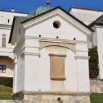 Manastirea Hurezi - fantana in incinta exterioara