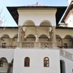 Manastirea Hurezi - foisorul lui Dionisie