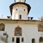 Manastirea Hurezi - paraclisul si intrarea in trapeza (1)