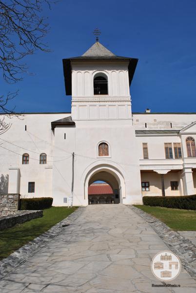 Manastirea Hurezi - turnul clopotnita