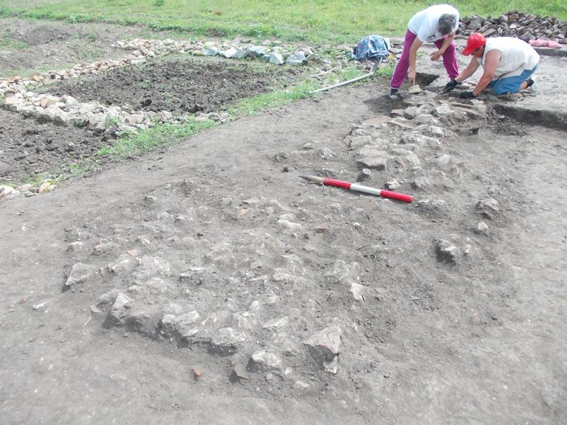 Sapaturi arheologice in Castrul roman de la Racari Dolj