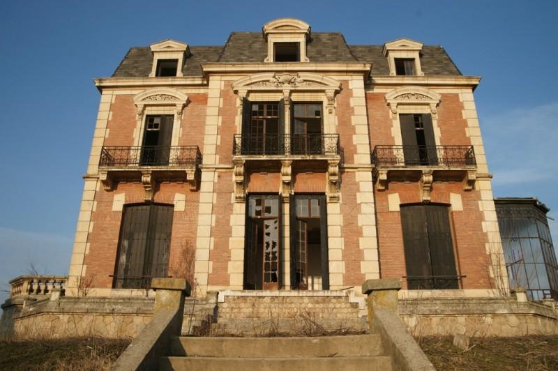 Palatul Plesa Obarsia de Camp. Autor Pirvu Ionica