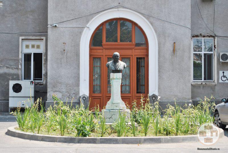 Bustul dr Ion Augustin - Spitalul Filantropia Craiova