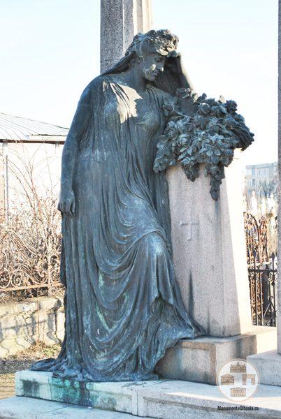 Monumentul funerar al lui Ulisse Boldescu - Statuie bronz