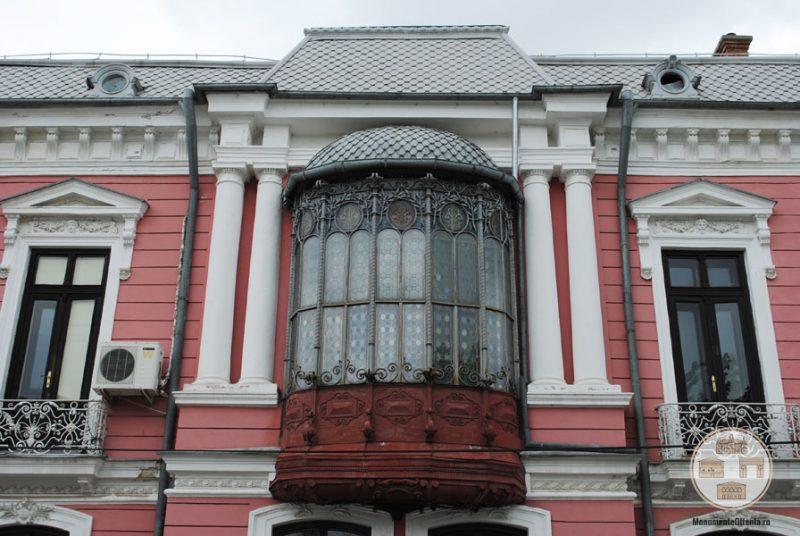 Casa Nicolae Romanescu - bovindou