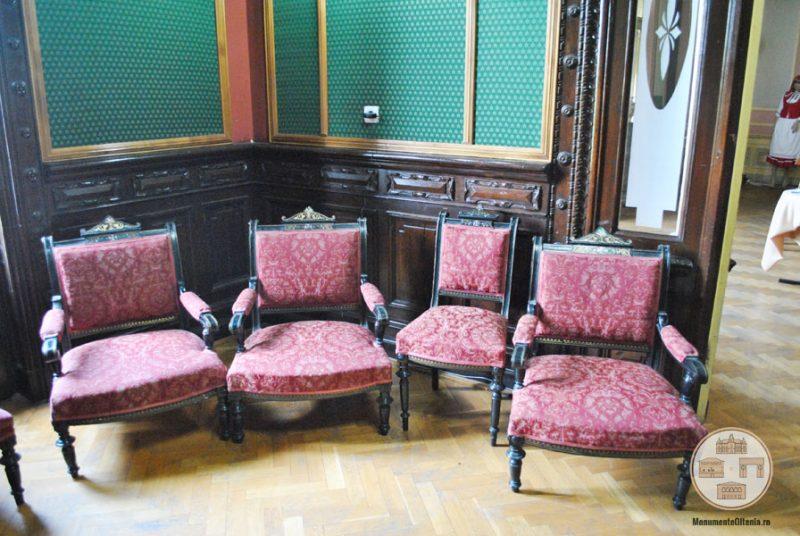 Casa Nicolae Romanescu - mobilier biblioteca Luciei Romanescu