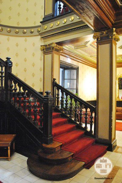 Casa Nicolae Romanescu - scara de onoare