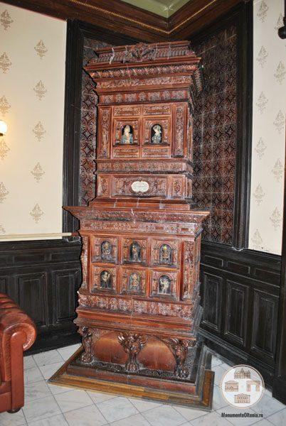 Casa Nicolae Romanescu - soba salon parter