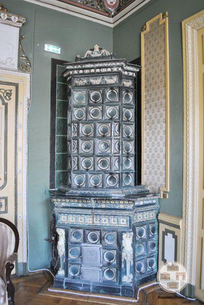 Casa Nicolae Romanescu - soba salonul Hillary