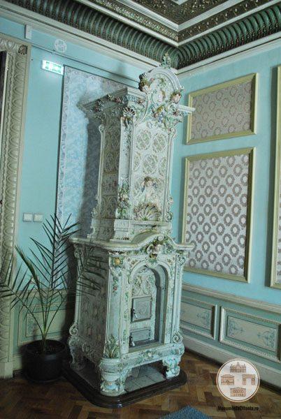 Casa Nicolae Romanescu - soba salonul albastru
