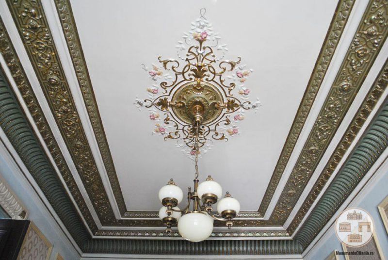 Casa Nicolae Romanescu - tavan salonul albastru