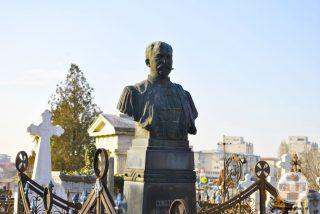 Bustul lui Constantin Valimarescu - Cimitirul Sineasca din Craiova