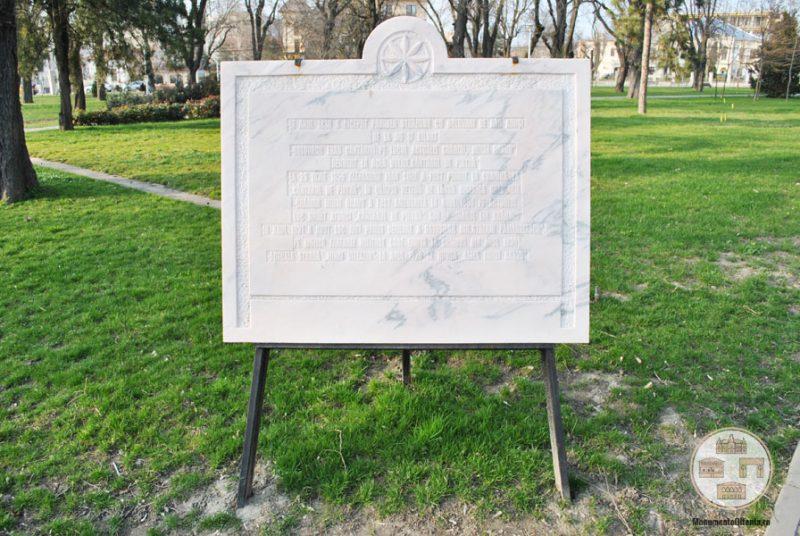 Piatra pe fostul loc Cantarul de Piatra din Craiova (Gradina Mihai Bravu din Craiova)
